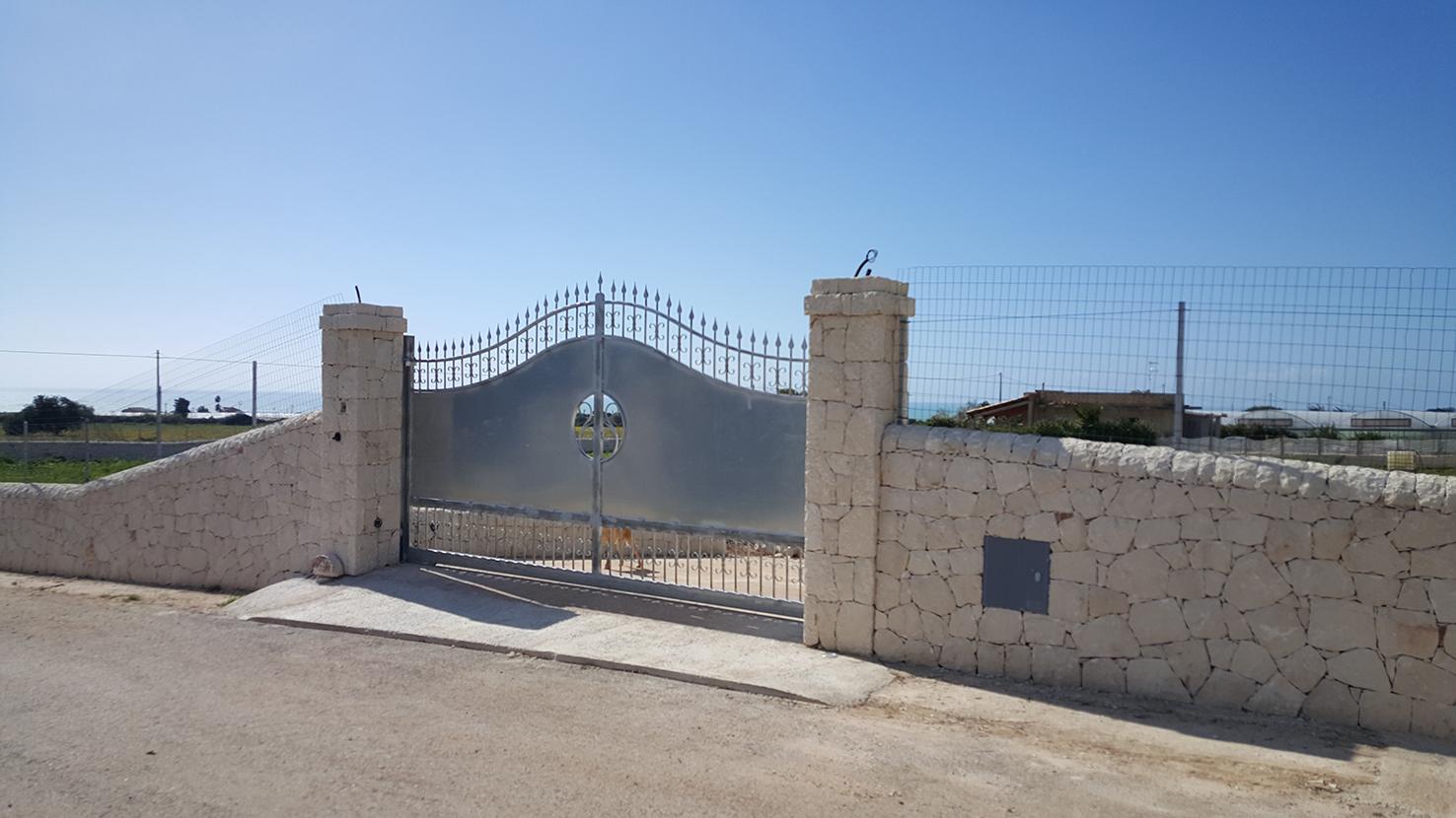 Recinzione muri a secco sp 2015 2016 for Immagini recinzioni