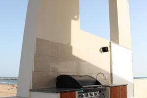setto murario con apertura veranda lato est